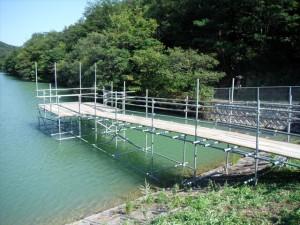 水中水上足場組立